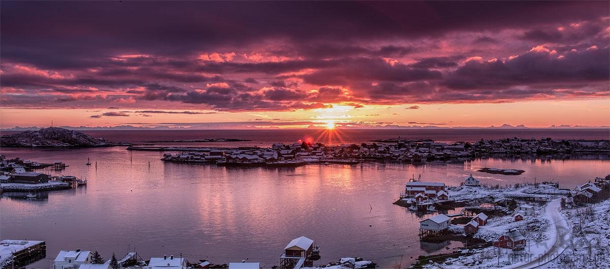 Reine Sunrise
