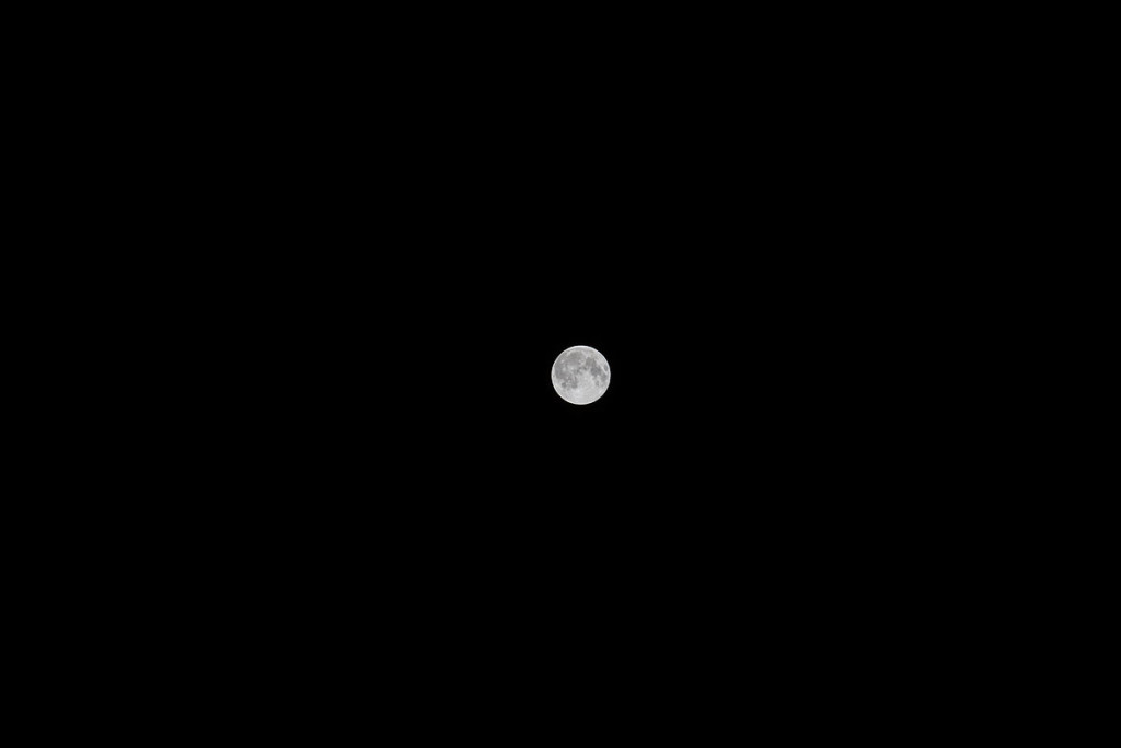 Mond mit 200mm