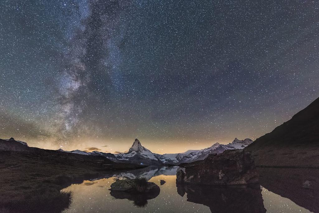 Die Milchstrasse über dem Matterhorn